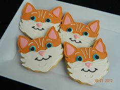 kitty Cookie ★ More on #cats - Get Ozzi Cat Magazine here >> http://OzziCat.com.au ★