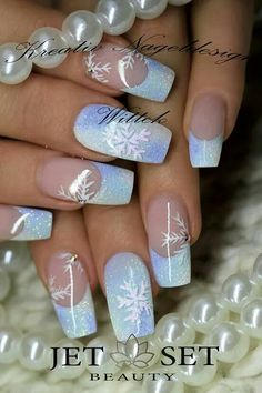 Winter nails - The Effective Pictures We Offer You About french nails A quality . Xmas Nails, Holiday Nails, Halloween Nails, Christmas Nails, Christmas Makeup, Halloween Halloween, Christmas Art, Beautiful Christmas, Nail Art Noel