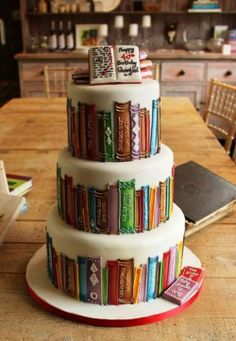 A beautiful way to remember your library. Library cake
