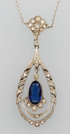 14 kt Gold Necklace with synth. sapphire and old cut diamonds c.1925.: Lot 637