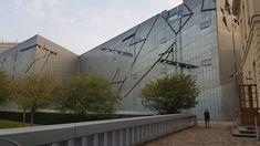 "binsworld auf Instagram: ""공사중이라 아쉽 #jewishmuseumberlin #museum #travel #berlin"" Museum, Museums"