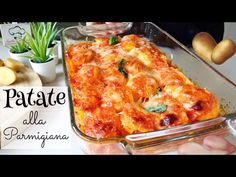 PATATE ALLA PARMIGIANA piatto semplice, veloce, economico 🥔 POTATOES PARMIGIANA - YouTube Potato Recipes, Vegetable Recipes, Fromage Emmental, Xmas Food, Fries In The Oven, Italian Recipes, Macaroni And Cheese, Side Dishes, Food And Drink