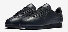 Nike Classic Cortez Beautiful x Powerful - Sneaker Contact Nike Cortez Shoes, Nike Shoes, Sneakers Nike, Air Max Thea, Nike Classic Cortez Leather, Vintage Nike, Sneakers Fashion, All Black Sneakers, Nike Women