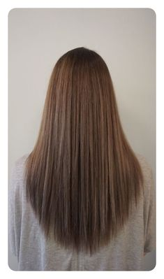 Frisuren Lange Haare 2019 - Ash brown with precision V cut by Holly at Blueprint Modern Hair in Portland, OR. U Cut Hairstyle, Face Shape Hairstyles, Hairstyle Images, Medium Hair Cuts, Medium Hair Styles, Curly Hair Styles, Medium Cut, Medium Layered, Long Hair V Cut