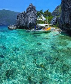 Matinloc Island - Philippines Pic @ninjarod by bestplaces_togo