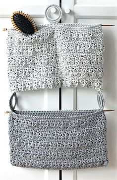 Bloom Bathroom Organizer: free crochet pattern