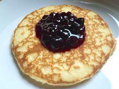 Pancake Veggie con marmellata di mirtilli.