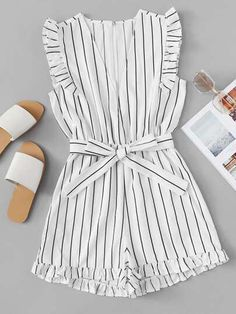 Frill Trim Striped Romper - Jumpsuits and Romper Girls Fashion Clothes, Teen Fashion Outfits, Cute Fashion, Outfits For Teens, Fashion Black, Fashion Fashion, Fashion Ideas, Vintage Fashion, Cute Summer Outfits