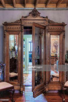 Ideas secret door in houses hidden rooms narnia Armoire Entree, Deco Design, Design Design, Royal Design, Design Model, Free Design, Architectural Salvage, My Dream Home, Dream Homes