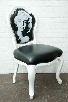 Google Image Result for http://www.blackbedroomideas.com/wp-content/uploads/2011/07/Black-and-White-Marilyn-Monroe-Chair.jpg