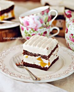 Ciasto Brzoskwiniowa Chmurka Christmas Gingerbread House, Christmas Cookies, Cake Cookies, Tiramisu, Food And Drink, Favorite Recipes, Ethnic Recipes, Easy, Desserts