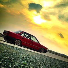 That view Corolla Twincam, Toyota Corolla, Car Tuning, Jdm Cars, Honda Civic, Fast Cars, Slammed, Wallpaper, Tractor
