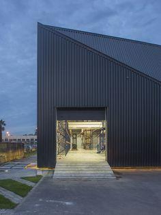 Galería de Edificio corporativo Comercial Sinsef / The Standard - 6