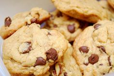 Chocolate Chip Walnut Cookies by ItsJoelen, via Flickr