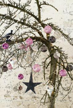 Loft Antique, Christmas by Pfister Rustic Christmas, Christmas Time, Christmas Wreaths, Xmas, Antique Christmas, Kings Day, Christmas Catalogs, Bunt, Winter Wonderland