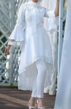 Net Embroidered Shirt - Her Crochet Pakistani Dresses Casual, Indian Gowns Dresses, Indian Fashion Dresses, Pakistani Dress Design, Indian Designer Outfits, Fashion Outfits, Modest Fashion Hijab, Muslim Fashion, Sleeves Designs For Dresses