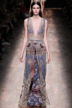Lord of the Rings Fashion  , Dress for Vaire - Valentino