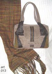 Resultado de imagen para productos combinando cuero y  de tejido en telar maria Burlap, Reusable Tote Bags, Products, Leather, Fabrics, Hessian Fabric, Canvas