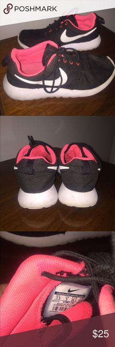 Black and Pink Nike Roshes Women's 7.5 Black mesh with pink underlay, same color of interior of shoe, black laces, white sole and Nike signs, casual or athletic wear, super comfy, worn but fairly new. Nike Shoes Sneakers