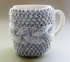 Crochet Coffee Mug! SO cute. #coffeemug #diy #crochet