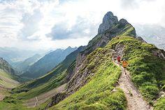 A weekend running the spectacular singletrack of Switzerland's Alpstein