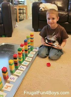 Looks like a great way to start counting and learning math. Two Preschool Math Activities with Duplo Legos {Frugal Fun 4 Boys} Preschool Education, Preschool Learning Activities, Preschool Lessons, Preschool Classroom, Kindergarten Math, Educational Activities, Preschool Activities, Kids Learning, Teaching Math