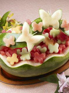 Watermelon Whale, Watermelon Basket, Watermelon Carving, Carved Watermelon, Watermelon Centerpiece, Watermelon Ideas, Watermelon Pickles, Watermelon Salad, Fruits Decoration
