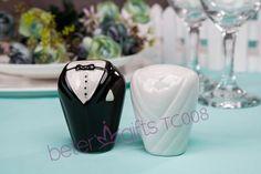 Bride & Groom Salt & Pepper Shaker Favors Ocean Party Wedding Souvenirs BETER-TC008
