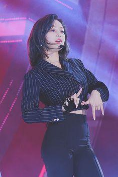 Twice pics ( Nayeon, K Pop, Jihyo Twice, Twice Kpop, Kim Jisoo, Dahyun, All Black Outfit, One In A Million, K Idols