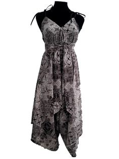 Jumpsuit, black and white, for beach, party and lots of bubbles:-) Price Dkr. 1000,-