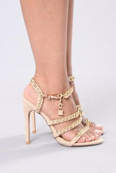 Locked And Linked Sandal - Nude