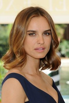 Meet Natalie Portman's Long-Lost Twin, Whose Hairstyle I Think Natalie Should Steal (Do You Agree?)