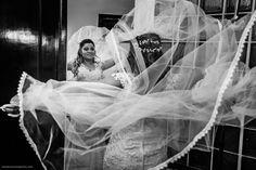 www.FABIOBUENOFOTOGRAFIA.com  Foto de Fabio Bueno Fotografia     © Todos os Direitos Reservados   Obra registrada de protegida pela lei do direito autoral. Lei, Decor, Wedding Event Planner, Weddings, Fotografia, Index Cards, Photos, Decorating, Inredning
