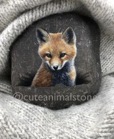 Realistic Stone painting, fox Stone Painting, Cute Animals S Fox Painting, Pebble Painting, Pebble Art, Fabric Painting, Stone Painting, Painted Rock Animals, Hand Painted Rocks, Painted Pebbles, Art Prompts