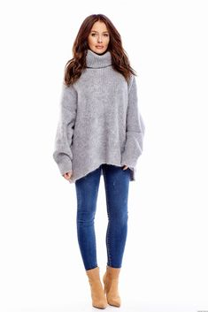 Oversize'ovy sweter z golfem (U)-szary Golf, Turtle Neck, Pullover, Fashion, Moda, Fashion Styles, Sweater, Fashion Illustrations, Wave