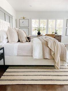 Dream Bedroom, Home Bedroom, Bedroom Decor, Master Bedroom Furniture Ideas, Bedding Master Bedroom, Master Bedroom Design, Bedroom Inspo, Bedroom Neutral, My New Room