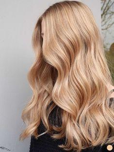 Blonde Hair Shades, Golden Blonde Hair, Warm Blonde, Blonde Hair Looks, Brown Blonde Hair, Blonde Long Hair, Ginger Blonde Hair, Honey Blonde Hair Color, Blue Hair