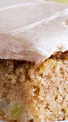 Apple Cinnamon Sheet Cake