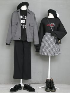 Fashion Tips – Best Fashion Advice of All Time Ulzzang Fashion, Harajuku Fashion, Korea Fashion, Asian Fashion, Clothes Mannequin, Korean Fashionista, Cool Outfits, Fashion Outfits, Womens Fashion