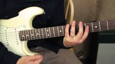 Blues Guitar Lessons - Stevie Ray Vaughan - Cold Shot - how to play on g...