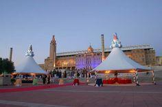 Coronación de carpas con pináculos de Gaudi para evento de L'Oreal. Realizados en porex, madera y resina epoxy. www.eliasalvarez.com