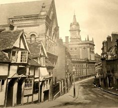 St John's Hill, once called Pig Hill as it housed the swine market in the 17th & 18th centuries. Shrewsbury, Shropshire.