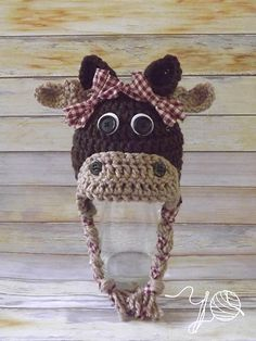 2 patterns in one! Included are directions for both a moose hat and a cow hat. Crochet Amigurumi, Crochet Beanie, Knit Or Crochet, Crochet Crafts, Yarn Crafts, Crochet Projects, Crochet Animal Hats, Crochet Kids Hats, Knitted Hats