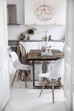 Стол на кухню