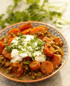 Spiced up Carrot and Peas curry It is curry week and everyone has been sharing their favourite curries, which they have either made themselves or eaten somewhere. For me a good warm spiced up curry is the ultimate comfort food. And even better when it is served with piping hot rice or naan and a …
