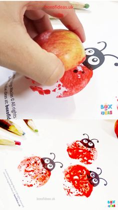 Easy Apple Stamping Craft for Preschool Kids and Toddlers with Bugs and Nature Themed Templates - Creative stamping project for kids using old vegetables to create beautiful pictures of ladybugs, - Fall Crafts For Toddlers, Easy Toddler Crafts, Diy Crafts For Kids, Projects For Kids, Art For Kids, Easy Fall Crafts, Thanksgiving Crafts For Kids, Halloween Crafts For Kids, Spring Crafts