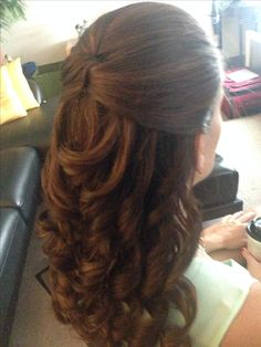 Half up-do with curls for a casual or Wedding event Hairstyle, Bridal Hairstyle, Special Occasions, Up-dos and down-dos: Hairstyles, Beautiful Short Hair, Medium length Up dos for Weddings and Special Occasions Makeup by Zaza Makeup & Hair go to www.zazamakeup.com