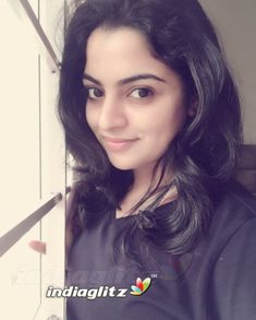 College Girl Image, College Girls, Best Friend Wallpaper, Regina Cassandra, Beautiful Blonde Girl, Malayalam Actress, Tamil Actress Photos, Girls Dpz, Girls Image