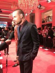 Liam looking on the #FiftyShadesFreed red carpet in Paris 6/2