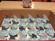 #cupcakes #sharkfin's pastelitos de tiburon